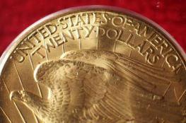 الذهب يرتفع مع تراجع الدولار والبلاديوم يتعافى