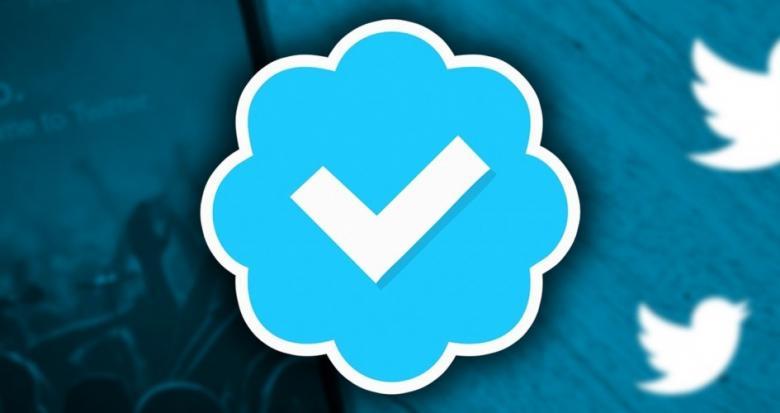 العلامة الزرقاء للجميع في تويتر!