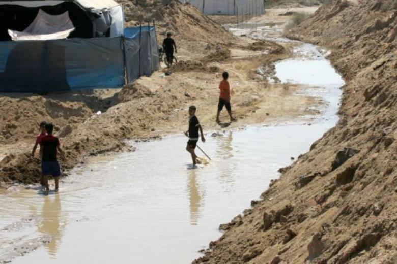 فصائل المقاومة تدين إغراق الحدود المصرية مع غزة بمياه البحر