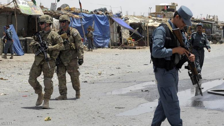 """""""طالبان"""" تستهدف قاعدة للجيش الأفغاني بسيارة ملغومة"""