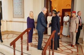 """هكذا أقنع """"الموساد"""" عُمان بضرورة استقبال زوجة نتنياهو"""