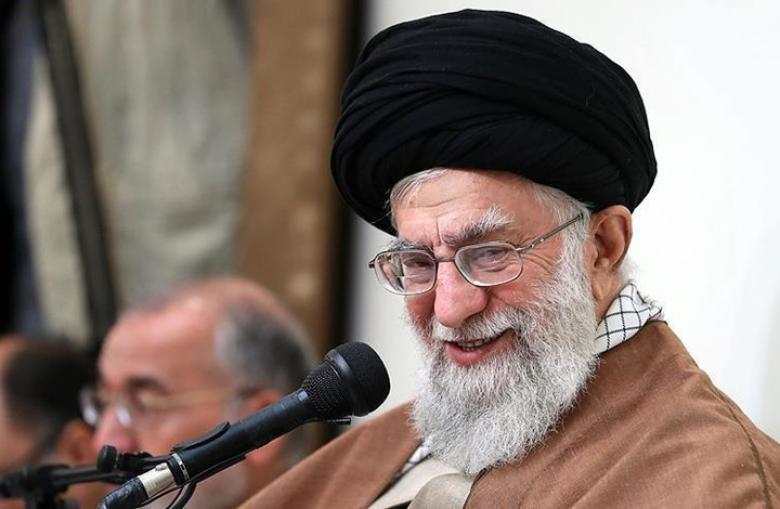 صحيفة إيرانية تنشر خبر وفاة خامنئي