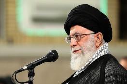 خامنئي يؤكد أهمية الانتخابات ويدعو الإيرانيين للمشاركة