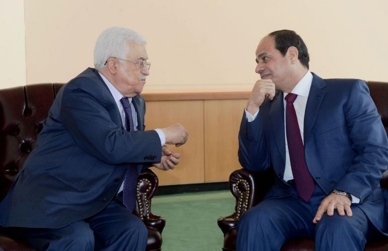 وساطة عربية وراء لقاء عباس والسيسي