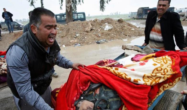 مدنيو الموصل عالقون وسط نيران المعارك