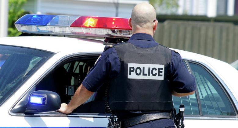 زوجة الأب متهمة بالاغتيال... اكتشاف جثة طفلة مخبأة داخل منزل