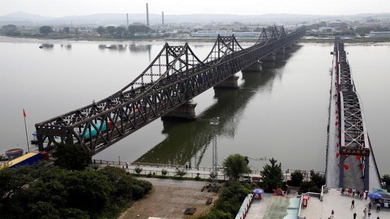 الصين تفرض حظرا على استيراد منتجات من كوريا الشمالية