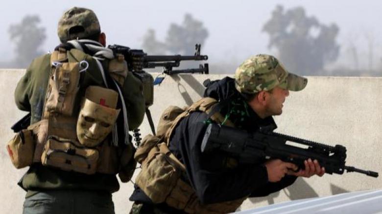 القوات العراقية تعمق توغلها في الموصل وتتعرض لهجمات