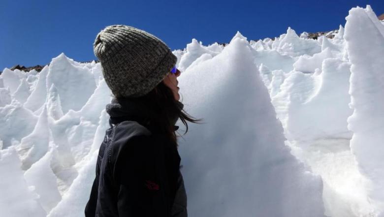 اكتشاف حياة ميكروبية نشطة في بيئة جليدية قاحلة