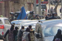 قوات الاحتلال تعتدي على طلاب مدرسة الخليل