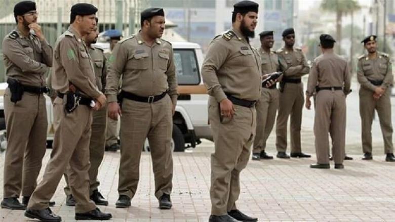 السعودية.. اعتقال شخص أطلق النار على سيارة ودهس قائدها