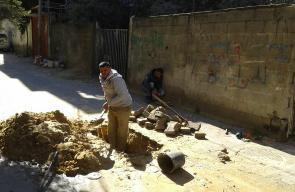 بلديات القطاع تواصل أعمال صيانة أضرار المنخفض