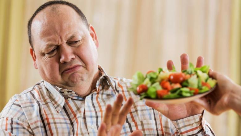 حتى لا تصبح ضحية للحمية.. إليك أسباب فشلك في خسارة الوزن