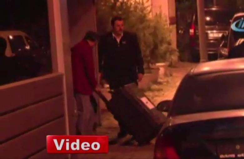 إدخال 3 حقائب سوداء كبيرة لقنصلية الرياض باسطنبول