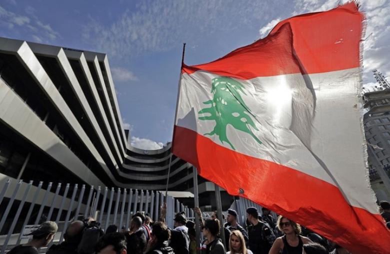 لبنان يوقف صحفيا أمريكيا بتهمة العمل مع صحيفة إسرائيلية