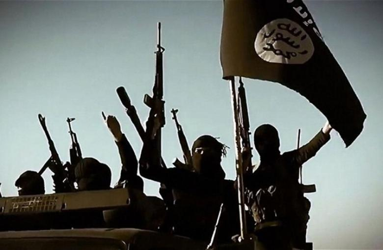 """صحيفة بريطانية: تهديد """"داعش"""" مازال قائما بسوريا والعراق"""