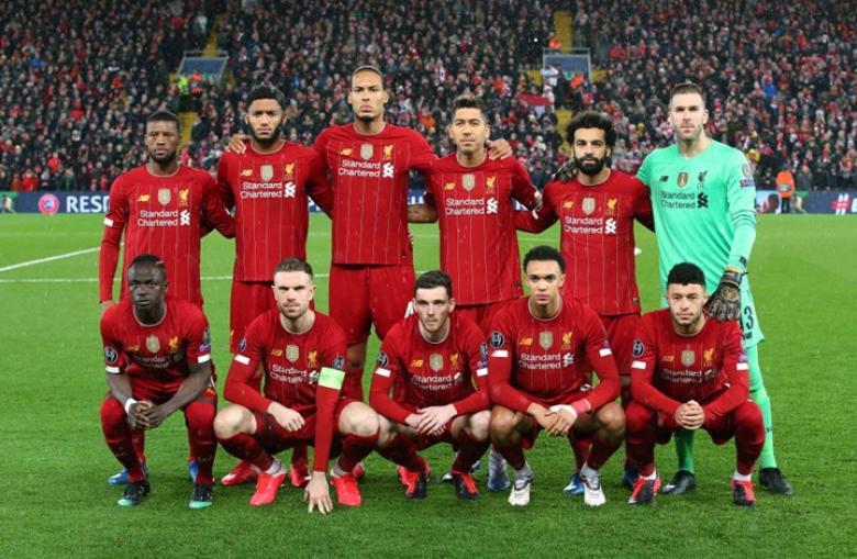 نشيد نادي ليفربول يجتاح أوروبا