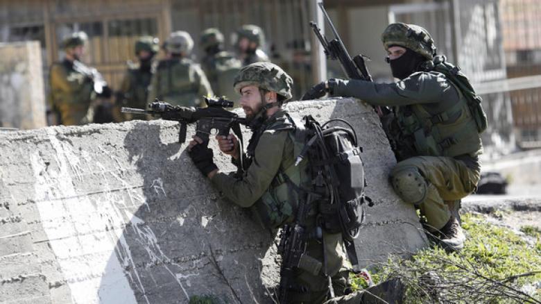 الاحتلال يعزز قواته في الضفة وعلى حدود غزة