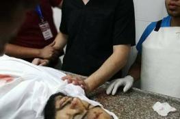 طبيب بغزة يتفقد شهيدا ليتفاجأ بأنه أخوه