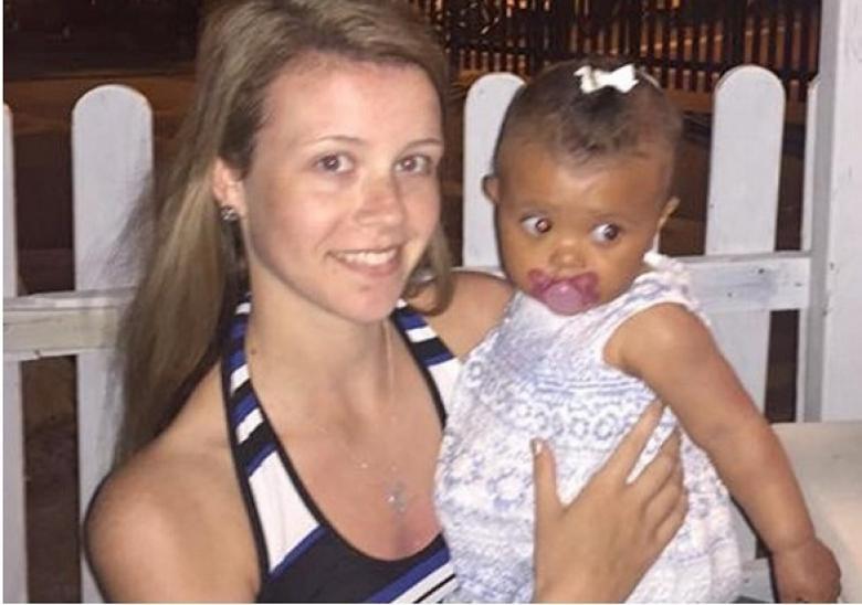 لم تعلم أنها حامل حتى أنجبت طفلة بشكل مفاجئ!