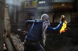 إلقاء زجاجات حارقة تجاه حافلات المستوطنين في القدس والخليل