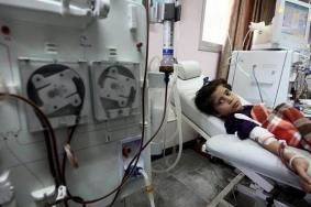 الصحة تحذر من ارتفاع عدد الشهداء المرضى جراء منع التحويلات