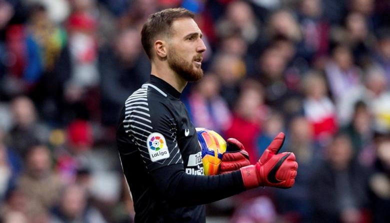 أتلتيكو مدريد يتمهل قبل حسم مصير أوبلاك