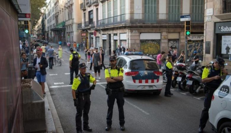 إسبانيا تطارد منفذ هجوم برشلونة وتحبط هجوما آخر