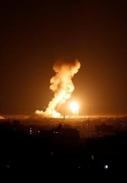 الطيران الإسرائيلي يجدد قصفه لمواقع المقاومة بغزة