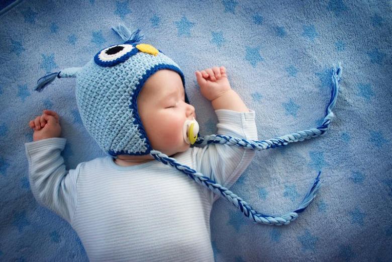 تطبيقات لمراقبة نوم طفلك