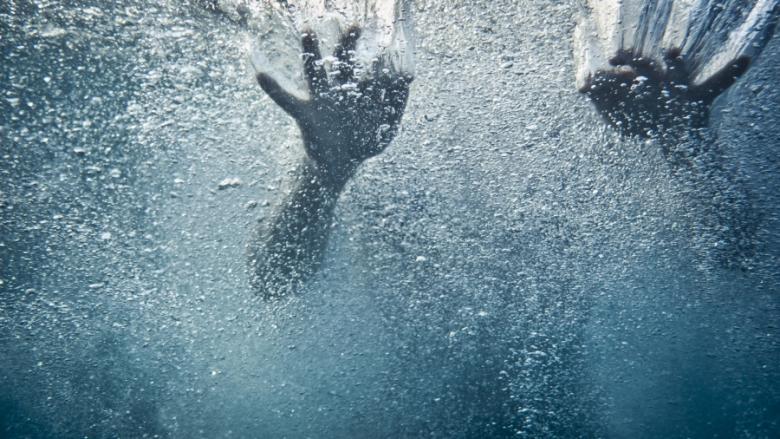 وفاة طفل غرقًا في برميل ماء جنوب نابلس