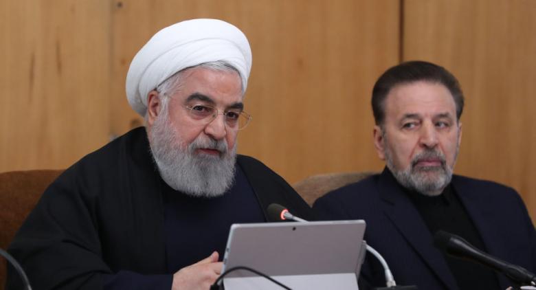 روحاني: أمريكا بعثت برسائل تطلب الحوار مع إيران