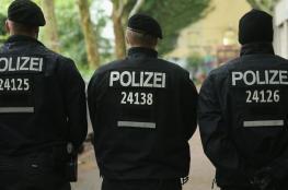 """لص يهدد الشرطة بـ""""شفرة حلاقة"""" فيقتله شرطي"""