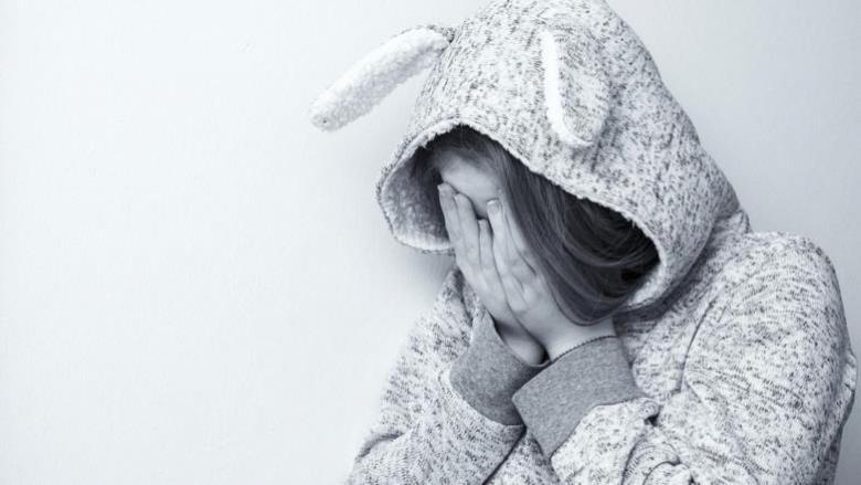 ثلاث مراحل من الاكتئاب تمر بها الأمهات