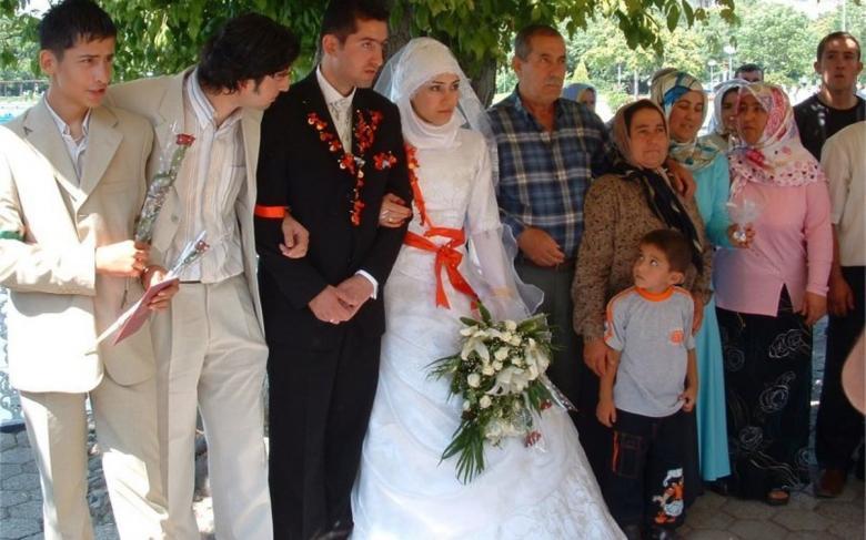 شرط غريب للزواج في أذربيجان