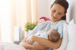 العناية بالأم بعد الولادة نظافتك، راحتك، غذاؤك!