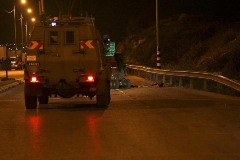 الاحتلال ينصب حواجزًا عسكريةً في الخليل