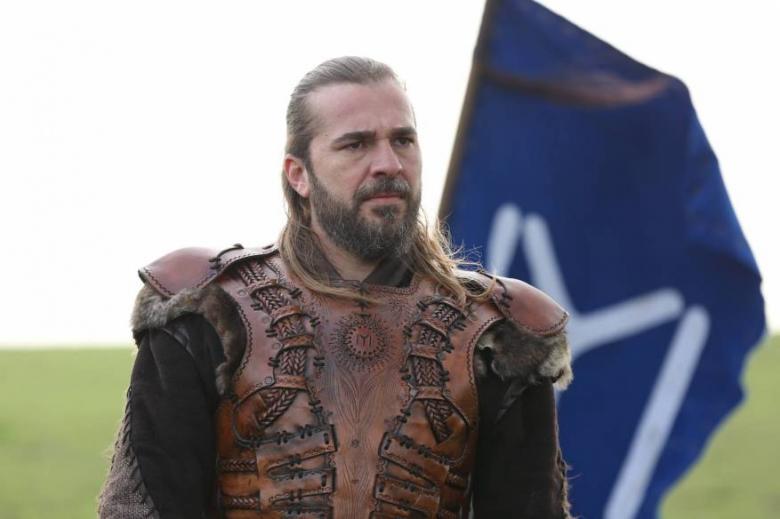 """بماذا علق بطل """" قيامة أرطغرل"""" على قرار MBC بمنع المسلسلات التركية؟"""
