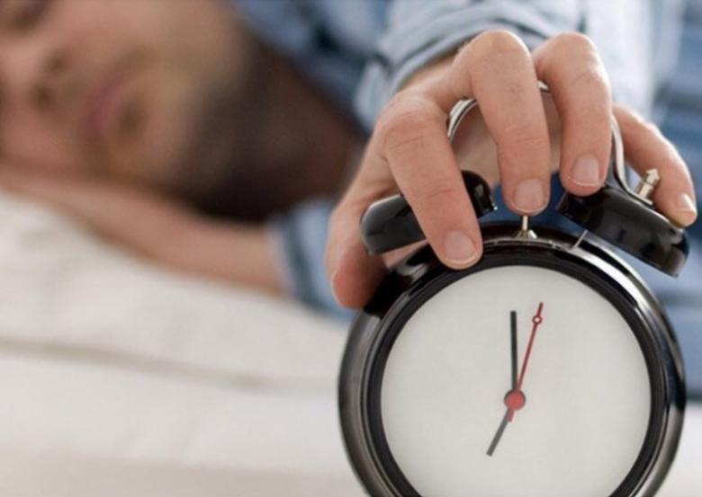ما سبب قلة النوم؟