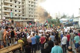 اللاجئون في لبنان يواصلون مسيرات الغضب ضد قرار وزارة العمل