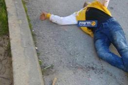 شهيد فلسطيني بعد طعنه جنديين إسرائيليين بالخليل