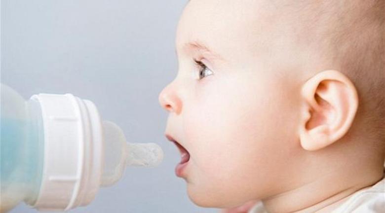"""فوائد """"مذهلة"""" لحليب الأمهات.. ولكن للكبار"""