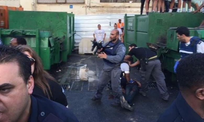 الاحتلال يعتقل فلسطينياً بزعمه نيته تنفيذ عملية طعن بنتانيا