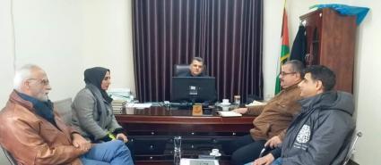 بلدية غزة وتوزيع الكهرباء يبحثان تنفيذ مشروع طاقة شمسية لبركة الشيخ رضوان