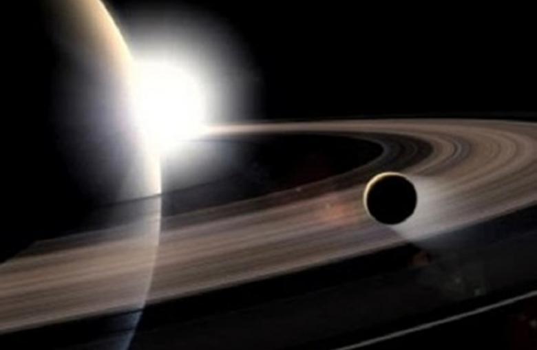 """علماء يرسمون خريطة لقمر زحل الغريب حيث """"يُحتمل وجود حياة"""""""