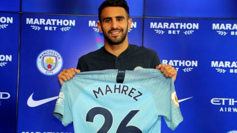 محرز.. أول لاعب عربي يتوج بالدوري الإنجليزي مرتين