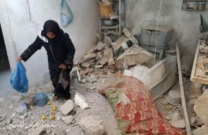 منزل عائلة خماش الذي قصف أمس واستشهدت الأم وطفلتها وجنينها وسط قطاع غزة