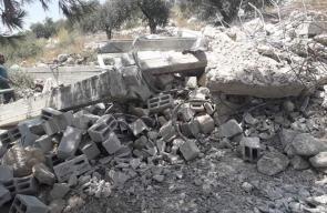 جرافات الاحتلال تهدم منزلا شمال طولكرم