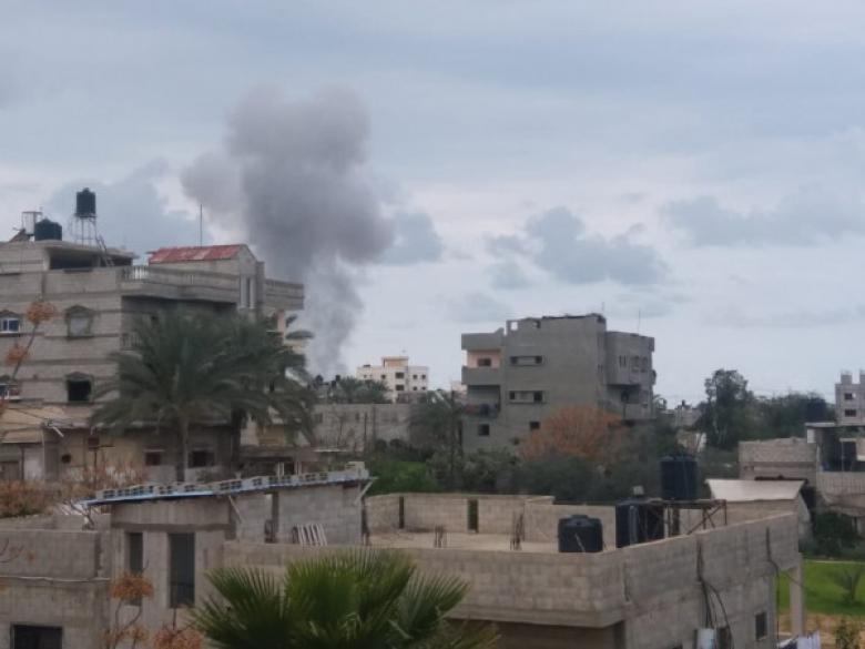 طائرات الاحتلال تستهدف مواقع للمقاومة في قطاع غزة