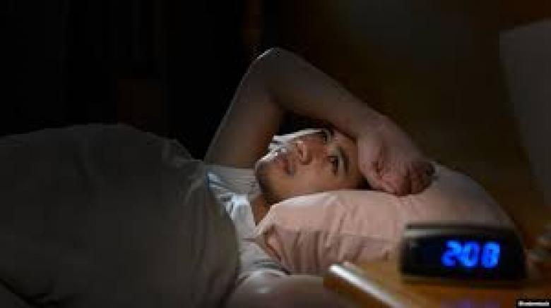 دراسة: تطبيقات تعقب النوم تسبب الأرق